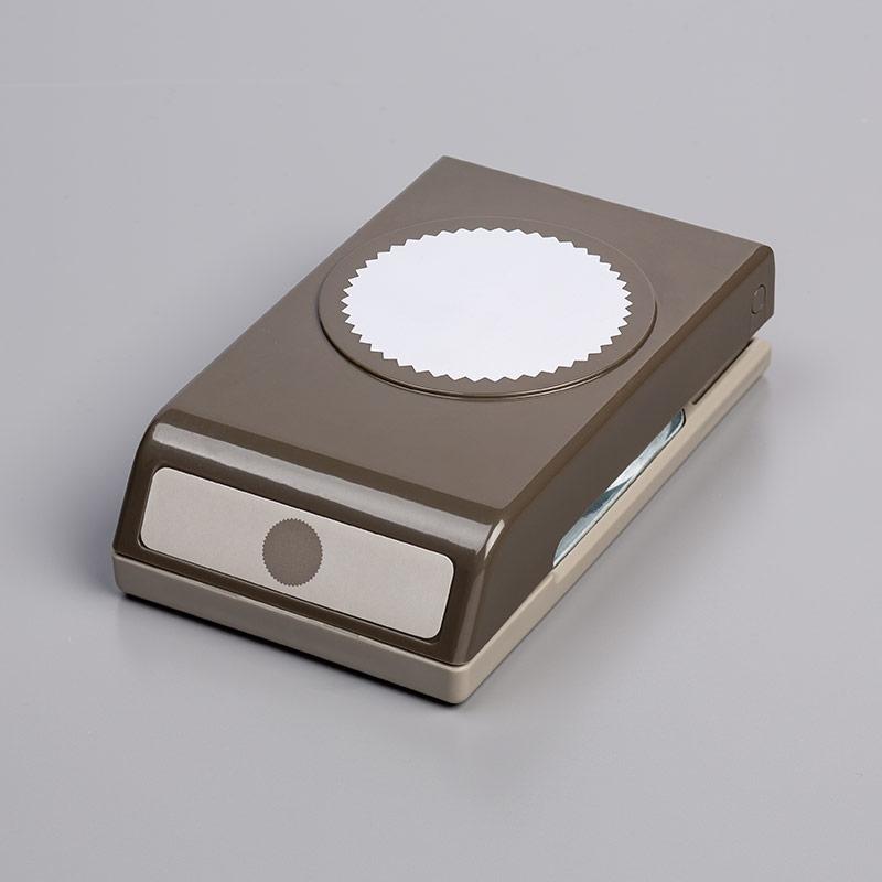 https://www.stampinup.com/ecweb/product/143717/starburst-punch?dbwsdemoid=2035972