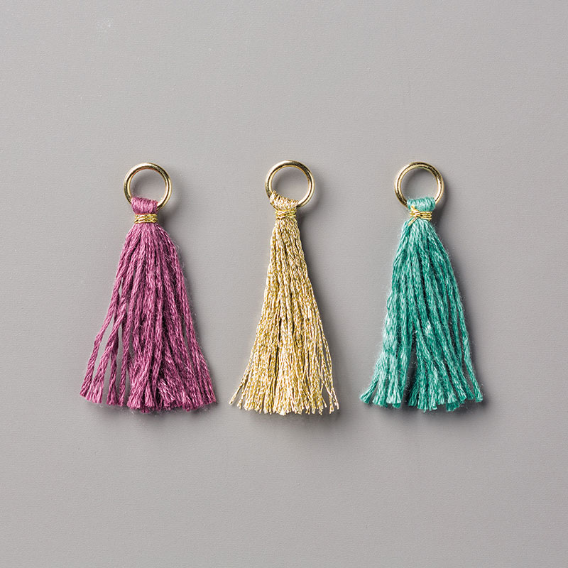 https://www.stampinup.com/ECWeb/product/144154/mini-tassels-assortment?dbwsdemoid=2035972
