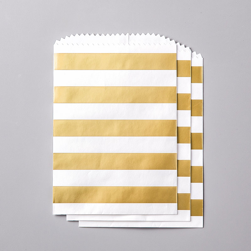 https://www.stampinup.com/ecweb/product/144255/striped-treat-bags?dbwsdemoid=2035972