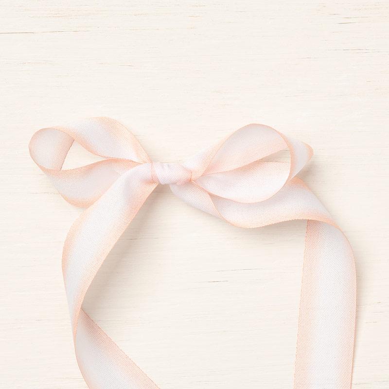 https://www.stampinup.com/ecweb/product/148776/petal-pink-whisper-white-5-8-1-6-cm-variegated-ribbon?dbwsdemoid=2035972