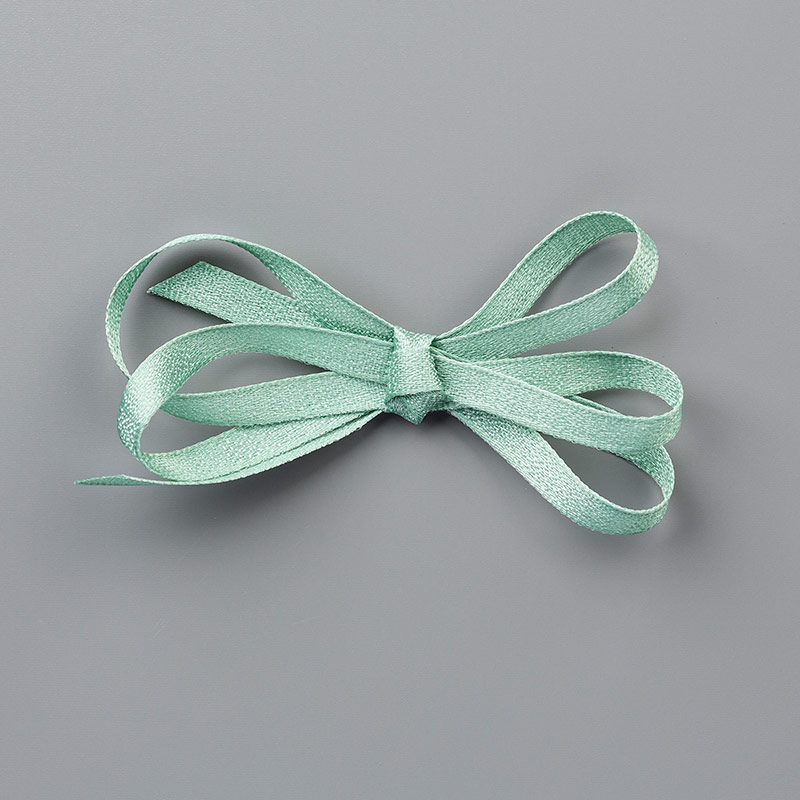 https://www.stampinup.com/ecweb/product/149480/mint-macaron-1-4-6-4-mm-textile-ribbon?dbwsdemoid=2035972