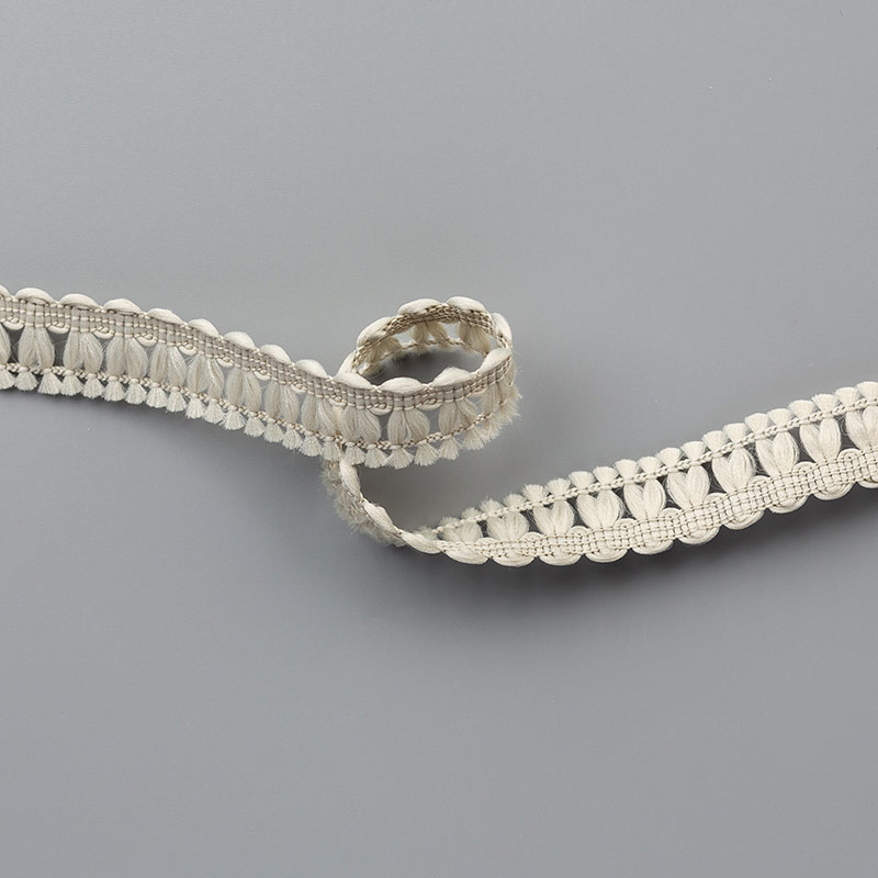 https://www.stampinup.com/ecweb/product/149499/sahara-sand-5-8-1-6-cm-woven-threads-trim?dbwsdemoid=2035972